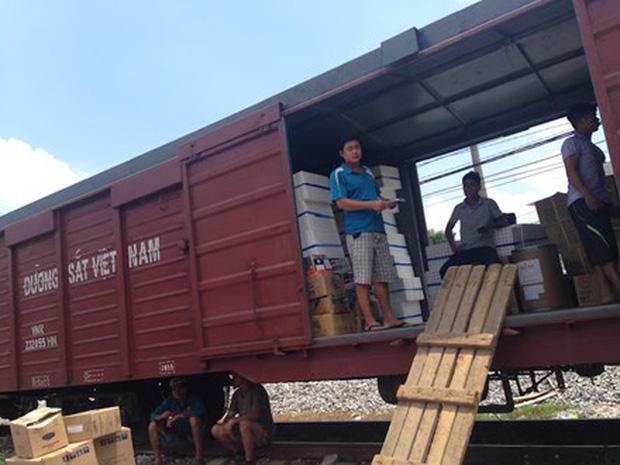 Dịch vụ vận chuyển hàng hóa bắc nam bằng tàu hỏa